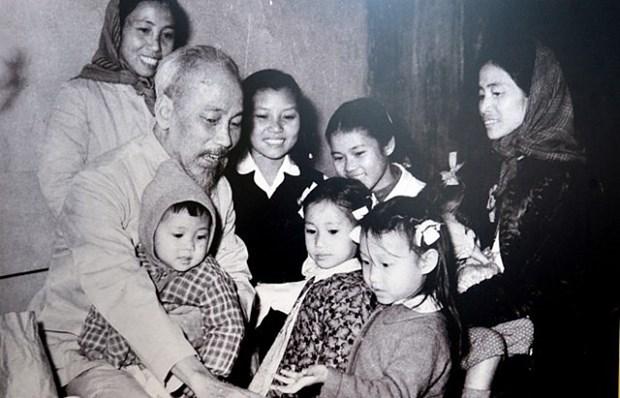 Hanoi : fete du monde de l'enfance hinh anh 1