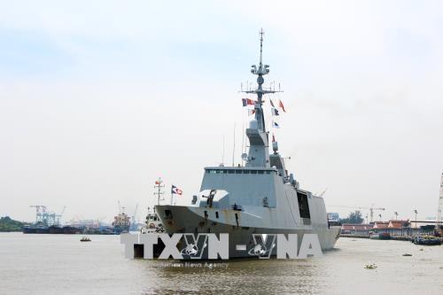 Des navires francais en visite a Ho Chi Minh-Ville hinh anh 1
