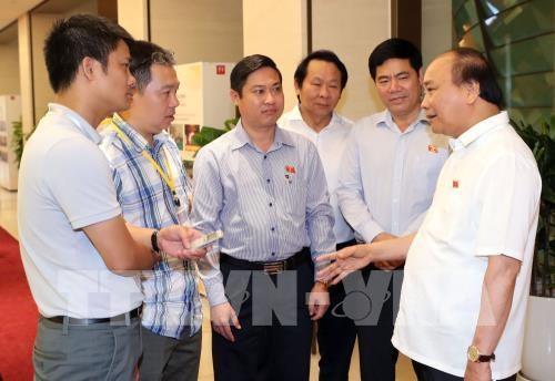 A l'ecoute des opinions sur le projet de loi sur les zones economiques speciales hinh anh 1