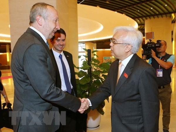 Vietnam et R. tcheque promeuvent la cooperation dans l'education hinh anh 1