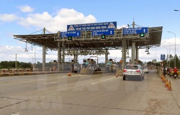 Le vice-PM Trinh Dinh Dung clarifie certaines questions dans le secteur des transports hinh anh 1