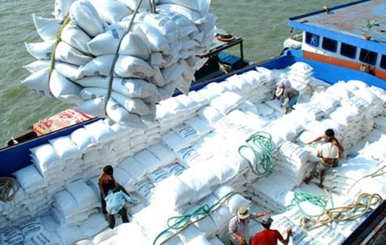 Hausse de 40% des exportations nationales de riz en cinq mois hinh anh 1