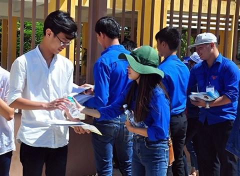 Plus de 85.000 volontaires mobilises pour l'examen de fin d'etudes secondaires hinh anh 3