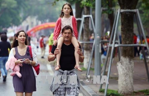 CNN diffuse le programme thematique « Destination : Hanoi » hinh anh 1