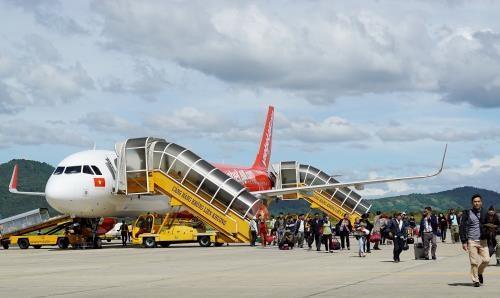 Nombre de passagers en hausse aux aeroports du Vietnam hinh anh 1