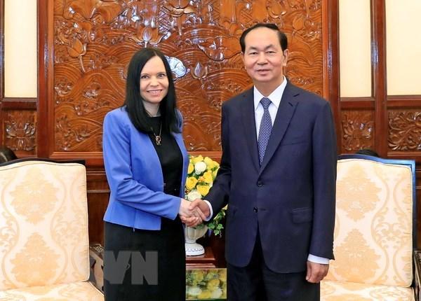 Le president Tran Dai Quang salue les contributions de la diplomate polonaise hinh anh 1