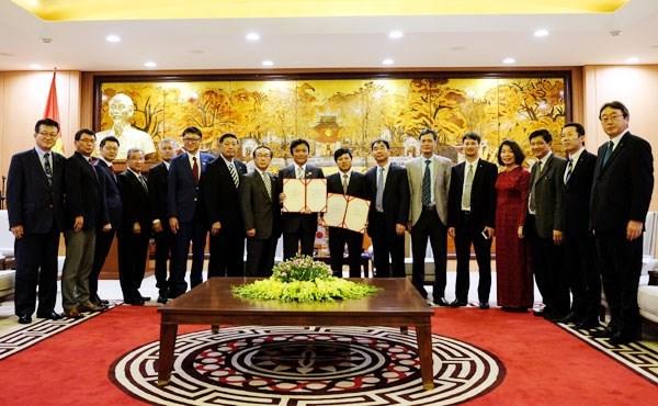 Vietnam-Japon : promotion de la cooperation entre Hanoi et la prefecture de Fukuoka hinh anh 1