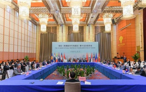 L'ASEAN et la Chine discutent de la mise en œuvre de la DOC hinh anh 1