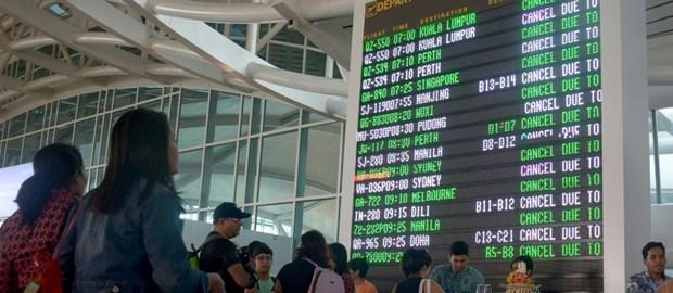 Eruption volcanique a Bali: l'aeroport rouvert apres une breve fermeture hinh anh 1