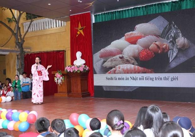 Pres de 90.000 personnes apprennent le japonais au Vietnam hinh anh 1