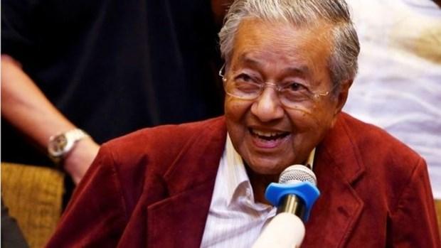 Le Premier ministre malaisien rend hommage aux travailleurs etrangers qualifies hinh anh 1