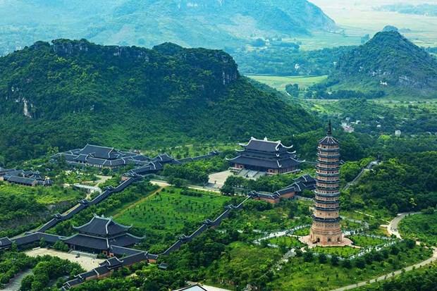 Le col de Hai Van et Ninh Binh parmi les plus beaux paysages d'Asie du Sud-Est hinh anh 2
