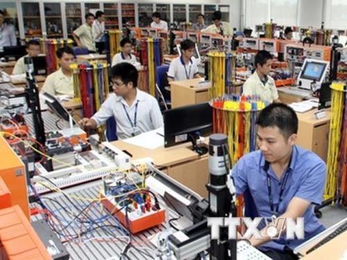 L'industrie manufacturiere et de fabrication en forte hausse de 13,02% hinh anh 1