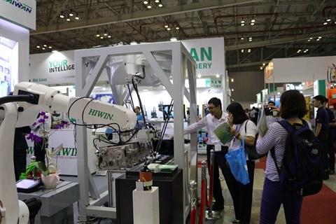 Des technologies intelligentes pour l'industrie a MTA Vietnam 2018 hinh anh 1