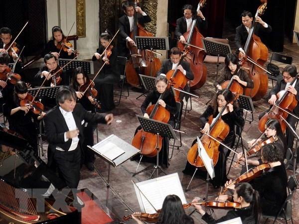 Concert en l'honneur des relations diplomatiques Vietnam - Japon hinh anh 1