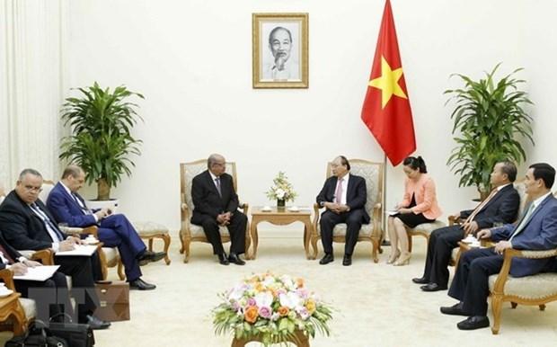 Un journal algerien souligne la visite du ministre algerien des AE au Vietnam hinh anh 1
