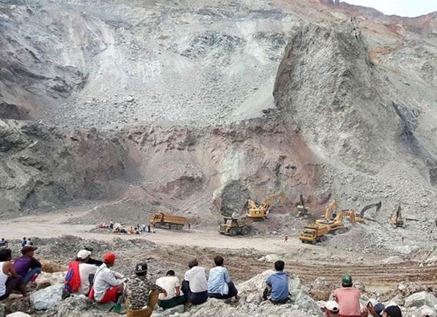 Effondrement d'une mine au Myanmar, au moins 15 morts hinh anh 1