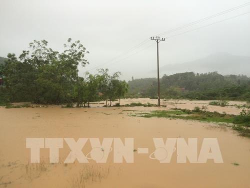 La tempete Son Tinh cause de lourds degats dans les provinces du Nord et de la partie Nord du Centre hinh anh 1