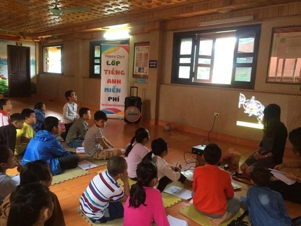Cours d'anglais gratuit au sein d'une pagode a Hanoi hinh anh 2