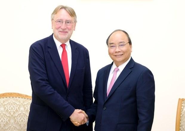 Le PM recoit le president de la Commission du commerce international du Parlement europeen hinh anh 1