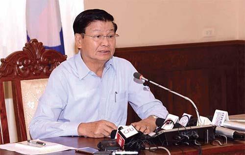 Barrage effondre: le PM laotien donne une conference de presse hinh anh 1