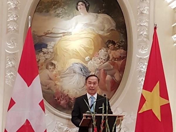Les relations Vietnam-Suisse ne cessent de se developper hinh anh 1