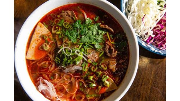 10 bons mets vietnamiens presentes sur le site web Thrillist hinh anh 3