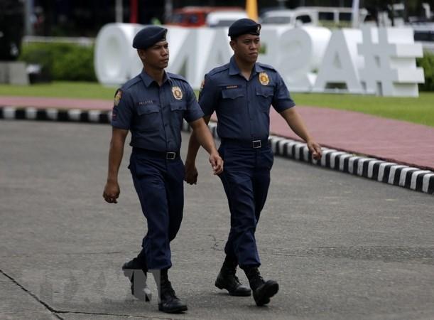 Philippines: deux terroristes transportant une bombe abattus hinh anh 1