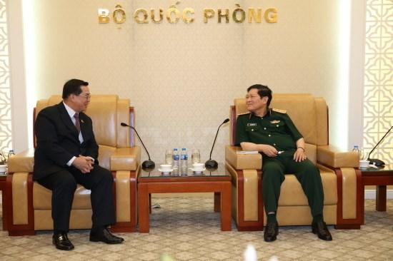 Le Vietnam et les Philippines renforcent leurs relations en matiere de defense hinh anh 1