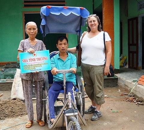 Une Americaine au chevet des victimes vietnamiennes de la dioxine hinh anh 1