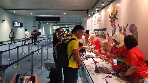 ASIAD 2018 : l'equipe du Vietnam olympique de football est arrivee en Indonesie hinh anh 1