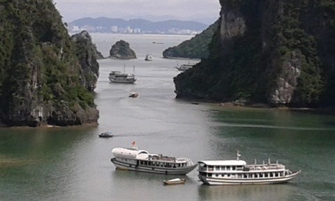 Quang Ninh prend des mesures pour ameliorer ses services touristiques hinh anh 3