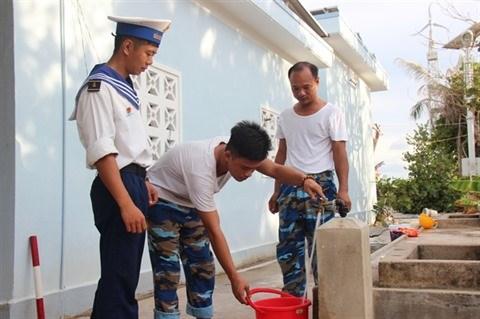 Truong Sa ne manque plus d'eau douce hinh anh 1