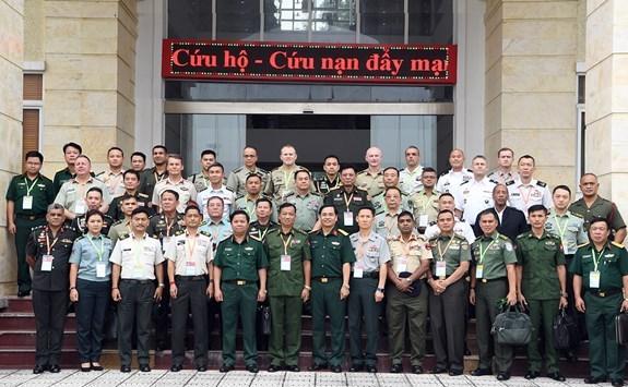PAMS 42 : Les delegues internationaux impressionnes devant le travail de sauvetage du Vietnam hinh anh 1