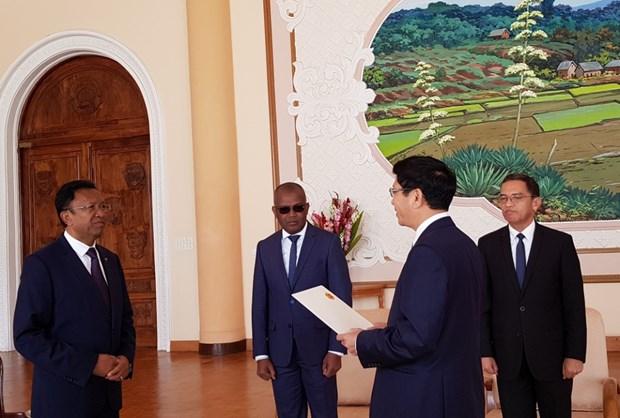 Madagascar souhaite promouvoir l'amitie traditionnelle avec le Vietnam hinh anh 1