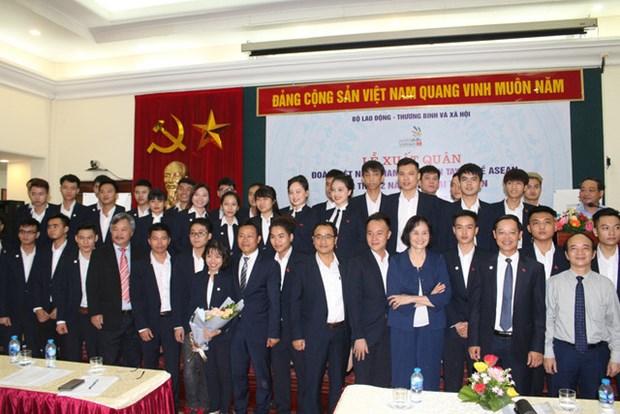 Depart des Vietnamiens pour le 12e concours de qualification professionnelle de l'ASEAN hinh anh 1