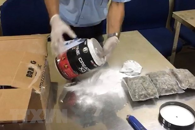 Demantelement d'un reseau de transport de cannabis hinh anh 1