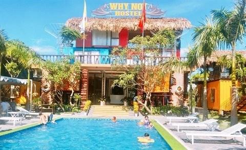 Le premier hotel en conteneurs a Quang Binh hinh anh 1
