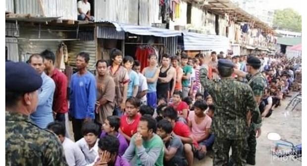 Thailande : plus de 1.100 travailleurs sans permis arretes hinh anh 1
