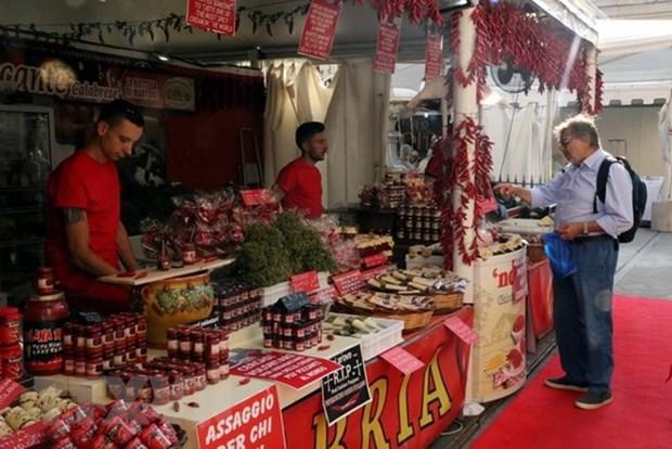Le Vietnam participe a une foire internationale du piment en Italie hinh anh 2