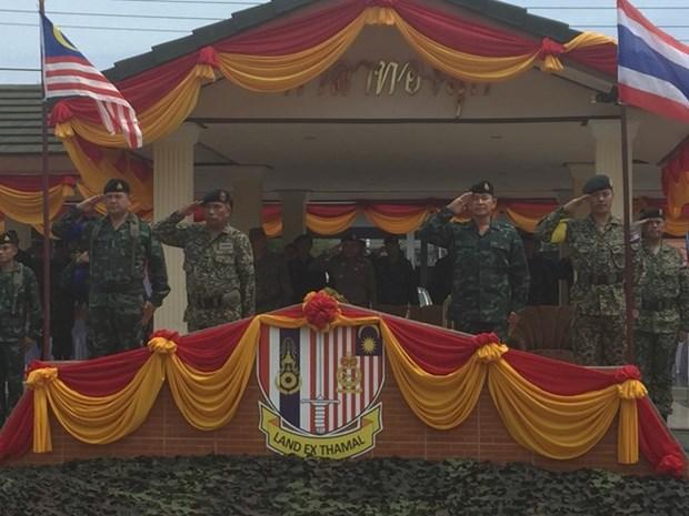 La Thailande et la Malaisie procedent a leur 24e exercice militaire conjoint hinh anh 1