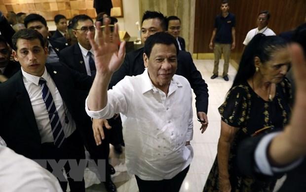 Le president philippin Rodrigo Duterte commence sa tournee en Proche-Orient hinh anh 1