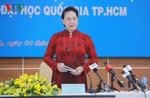 La presidente de l'AN visite l'Universite nationale de Ho Chi Minh-Ville hinh anh 1