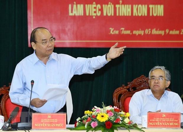 Le PM exhorte Kon Tum a promouvoir le developpement durable des forets hinh anh 1
