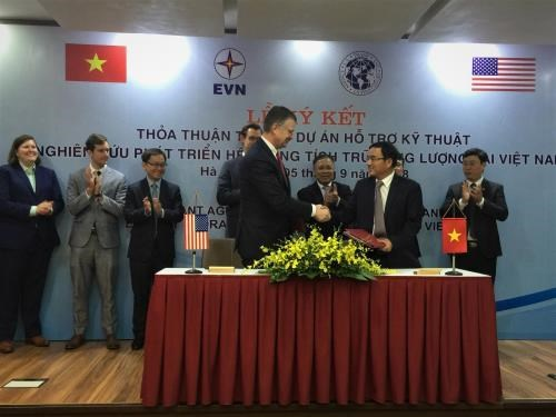 Assistance americaine pour developper un systeme de stockage d'energie au Vietnam hinh anh 1