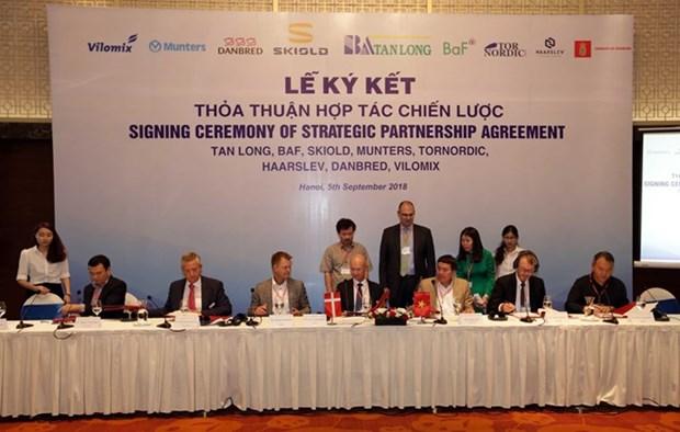 Des entreprises vietnamiennes et danoises cooperent dans l'agriculture de haute technologie hinh anh 1