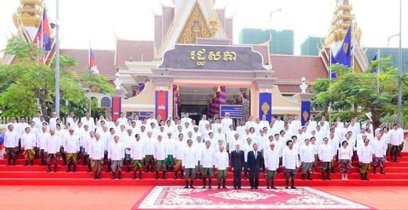 Felicitations au Cambodge pour ses listes approuvees des membres de l'AN et du gouvernement hinh anh 1