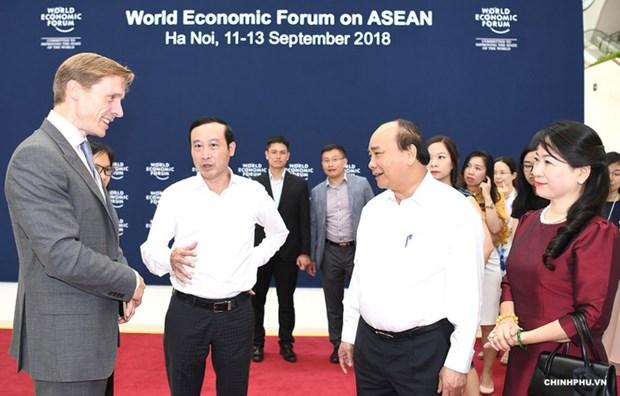 Le PM examine les preparatifs du Forum economique mondial sur l'ASEAN hinh anh 1