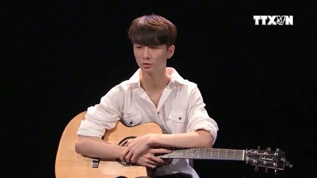 Le prodige de la guitare sud-coreen Sungha Jung se produira au Vietnam hinh anh 1