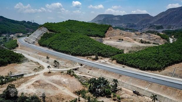 Quang Ninh est prete a accueillir une nouvelle vague d'investissement hinh anh 2
